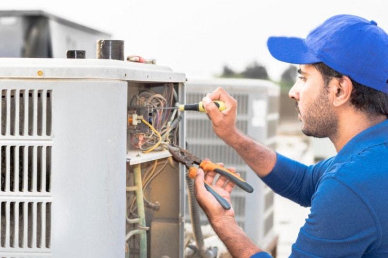 Los instaladores con certificado de manipulador de gases fluorados previo a 2017 tienen solo tres meses para recibir formación complementaria